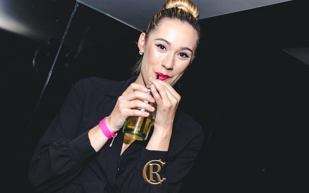 Ladies Bar